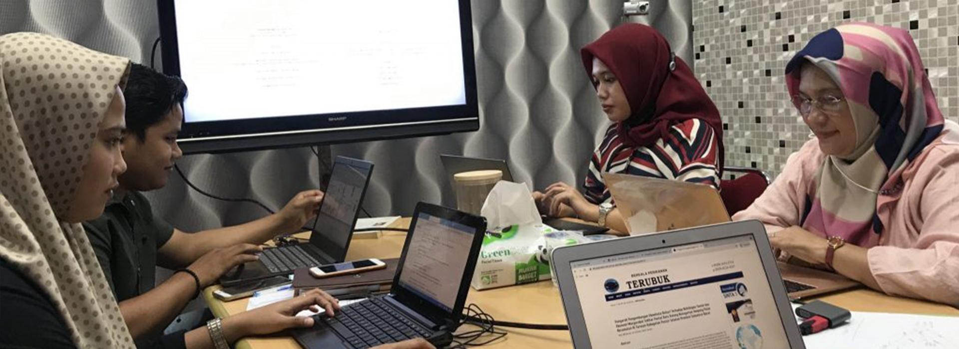 """""""Inhouse Training"""" Website SEP FPK Universitas Riau"""
